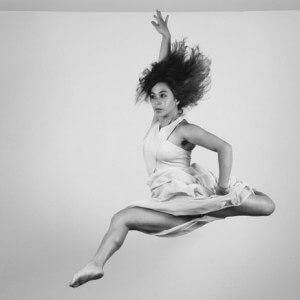 Karla Mendoza, Tänzerin, Vertical Dance, Performerin