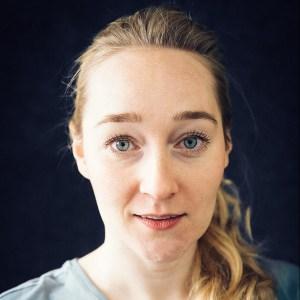 Marie Julie Roehl, Vertical Dance, Sängerin, Schauspielerin, Performerin
